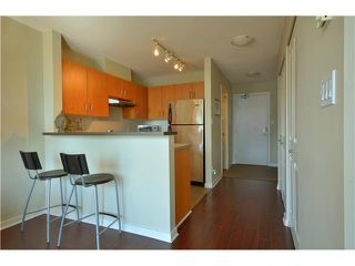 "Photo 3: 1406 1295 RICHARDS Street in Vancouver: Downtown VW Condo for sale in ""THE OSCAR"" (Vancouver West)  : MLS®# V911504"