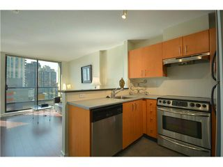 "Photo 2: 1406 1295 RICHARDS Street in Vancouver: Downtown VW Condo for sale in ""THE OSCAR"" (Vancouver West)  : MLS®# V911504"