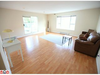 """Photo 3: 208 1378 GEORGE Street: White Rock Condo for sale in """"Franklin Place"""" (South Surrey White Rock)  : MLS®# F1201010"""