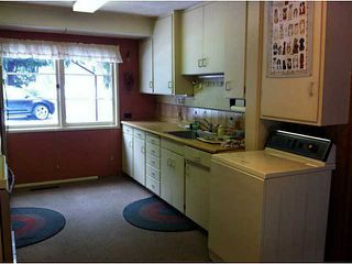 Photo 4: 1151 TATLOW AV in North Vancouver: Norgate House for sale : MLS®# V1049115