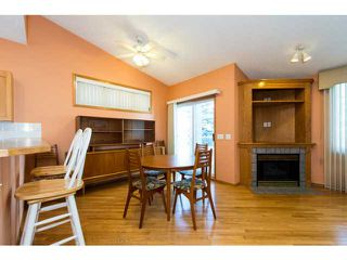 Photo 10: 39 EDGERIDGE Terrace NW in CALGARY: Edgemont Townhouse for sale (Calgary)  : MLS®# C3602223