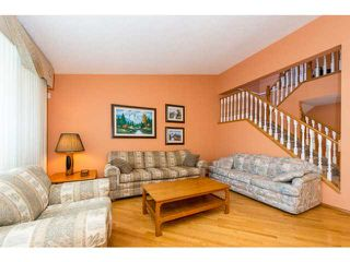 Photo 3: 39 EDGERIDGE Terrace NW in CALGARY: Edgemont Townhouse for sale (Calgary)  : MLS®# C3602223