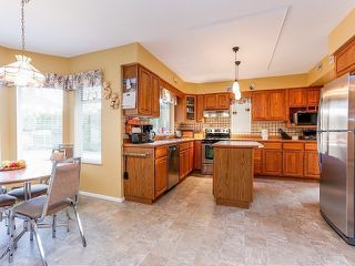 Photo 9: 5916 123 Street in Surrey: Panorama Ridge House for sale : MLS®# F1409816