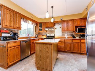 Photo 8: 5916 123 Street in Surrey: Panorama Ridge House for sale : MLS®# F1409816