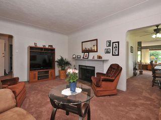 Photo 5: 957 Dunn Avenue in VICTORIA: SE Quadra Single Family Detached for sale (Saanich East)  : MLS®# 339052