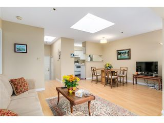 Photo 5: PH8 2238 ETON Street in Vancouver: Hastings Condo for sale (Vancouver East)  : MLS®# V1097894