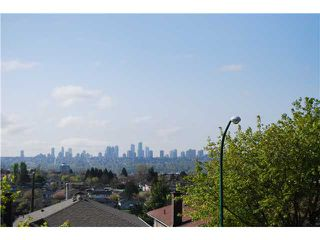Photo 19: 4779 UNION Street in Burnaby: Capitol Hill BN House for sale (Burnaby North)  : MLS®# V1117674