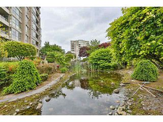 "Photo 15: 806 6119 COONEY Road in Richmond: Brighouse Condo for sale in ""Rosario Garden"" : MLS®# V1122670"