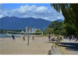 "Photo 15: 2011 CREELMAN Avenue in Vancouver: Kitsilano House for sale in ""KITS POINT"" (Vancouver West)  : MLS®# V1128858"