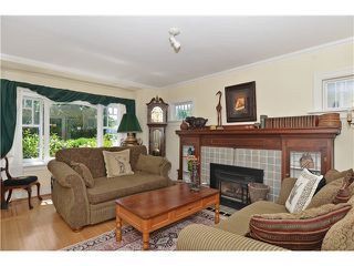 "Photo 3: 2011 CREELMAN Avenue in Vancouver: Kitsilano House for sale in ""KITS POINT"" (Vancouver West)  : MLS®# V1128858"