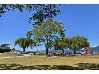 "Photo 18: 2011 CREELMAN Avenue in Vancouver: Kitsilano House for sale in ""KITS POINT"" (Vancouver West)  : MLS®# V1128858"