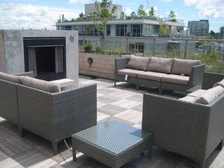 "Photo 18: 462 250 E 6TH Avenue in Vancouver: Mount Pleasant VE Condo for sale in ""The District"" (Vancouver East)  : MLS®# R2006380"