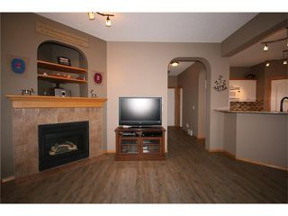 Photo 7: 353 STONEGATE Way NW: Airdrie House for sale : MLS®# C4045391