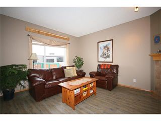 Photo 5: 353 STONEGATE Way NW: Airdrie House for sale : MLS®# C4045391
