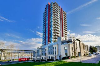 "Photo 1: 1501 125 COLUMBIA Street in New Westminster: Downtown NW Condo for sale in ""NORTHBANK"" : MLS®# R2049044"