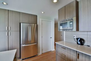 "Photo 14: 1501 125 COLUMBIA Street in New Westminster: Downtown NW Condo for sale in ""NORTHBANK"" : MLS®# R2049044"