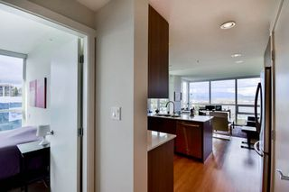 "Photo 15: 1501 125 COLUMBIA Street in New Westminster: Downtown NW Condo for sale in ""NORTHBANK"" : MLS®# R2049044"