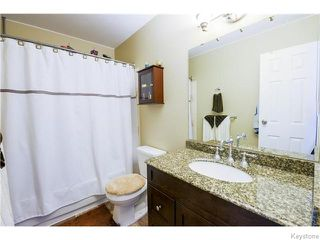 Photo 14: 106 Brotman Bay in Winnipeg: St Vital Residential for sale (South East Winnipeg)  : MLS®# 1607853