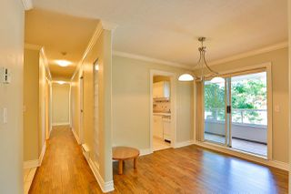 """Photo 3: 215 1952 152A Street in Surrey: King George Corridor Condo for sale in """"Chateau Grace"""" (South Surrey White Rock)  : MLS®# R2081406"""