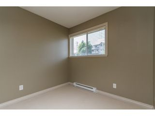 "Photo 17: 4 33321 GEORGE FERGUSON Way in Abbotsford: Central Abbotsford Townhouse for sale in ""Cedar Lane"" : MLS®# R2082574"