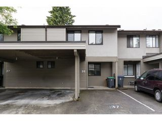 "Photo 2: 26 9955 140 Street in Surrey: Whalley Townhouse for sale in ""TIMBERLANE"" (North Surrey)  : MLS®# R2084442"