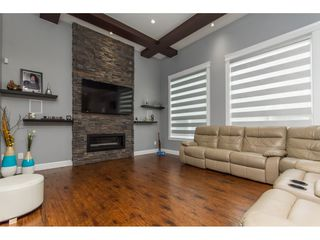 Photo 10: 2153 EBONY Street in Abbotsford: Central Abbotsford House for sale : MLS®# R2093755