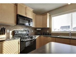 Photo 9: 342 EVERGLEN Rise SW in Calgary: 2 Storey for sale : MLS®# C3586109
