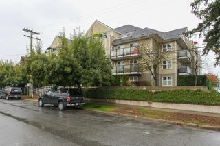 "Photo 2: 305 1519 GRANT Avenue in Port Coquitlam: Glenwood PQ Condo for sale in ""The Beacon"" : MLS®# R2111528"