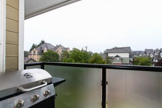 "Photo 19: 305 1519 GRANT Avenue in Port Coquitlam: Glenwood PQ Condo for sale in ""The Beacon"" : MLS®# R2111528"
