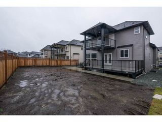 Photo 19: 27645 RAILCAR Crescent in Abbotsford: Aberdeen House for sale : MLS®# R2125726