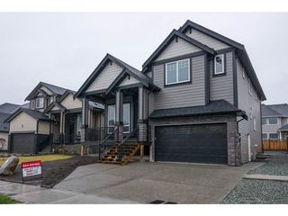 Photo 1: 27645 RAILCAR Crescent in Abbotsford: Aberdeen House for sale : MLS®# R2125726