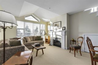 "Photo 3: 401 2071 W 42ND Avenue in Vancouver: Kerrisdale Condo for sale in ""THE LAUREATES"" (Vancouver West)  : MLS®# R2133833"