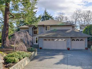 Main Photo: 917 Maltwood Terrace in VICTORIA: SE Broadmead Single Family Detached for sale (Saanich East)  : MLS®# 374404