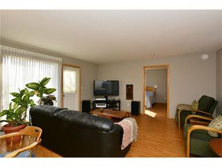 Photo 14: 6639 Pinecliff Grove NE in Calgary: Pineridge House for sale : MLS®# C4107612