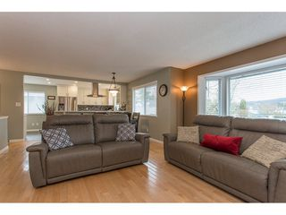 Photo 10: 718 EVANS Place in Port Coquitlam: Riverwood House for sale : MLS®# R2151860