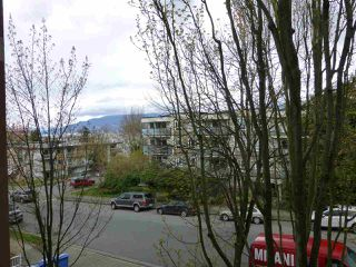 "Photo 10: 309 2388 TRIUMPH Street in Vancouver: Hastings Condo for sale in ""ROYAL ALEXANDRA"" (Vancouver East)  : MLS®# R2157948"