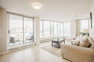 """Photo 6: 3003 188 KEEFER Place in Vancouver: Downtown VW Condo for sale in """"Espana"""" (Vancouver West)  : MLS®# R2165128"""
