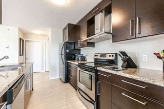"""Photo 4: 3003 188 KEEFER Place in Vancouver: Downtown VW Condo for sale in """"Espana"""" (Vancouver West)  : MLS®# R2165128"""