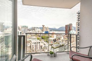 """Photo 11: 3003 188 KEEFER Place in Vancouver: Downtown VW Condo for sale in """"Espana"""" (Vancouver West)  : MLS®# R2165128"""