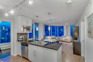 "Photo 13: 1603 188 KEEFER Place in Vancouver: Downtown VW Condo for sale in ""ESPANA"" (Vancouver West)  : MLS®# R2173772"