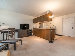 Photo 4: 112 1975 Lee Avenue in VICTORIA: Vi Jubilee Condo Apartment for sale (Victoria)  : MLS®# 379575