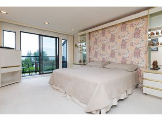 """Photo 13: 15837 COLUMBIA Avenue: White Rock House for sale in """"East Beach"""" (South Surrey White Rock)  : MLS®# R2191085"""