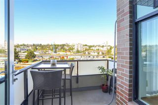 "Photo 13: 323 10 RENAISSANCE Square in New Westminster: Quay Condo for sale in ""MURANO LOFTS"" : MLS®# R2199276"