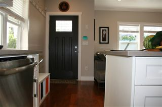 Photo 9: 1471 E 20TH Avenue in Vancouver: Knight House 1/2 Duplex for sale (Vancouver East)  : MLS®# R2200466