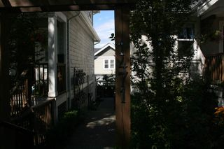Photo 4: 1471 E 20TH Avenue in Vancouver: Knight House 1/2 Duplex for sale (Vancouver East)  : MLS®# R2200466