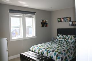 Photo 12: 1471 E 20TH Avenue in Vancouver: Knight House 1/2 Duplex for sale (Vancouver East)  : MLS®# R2200466