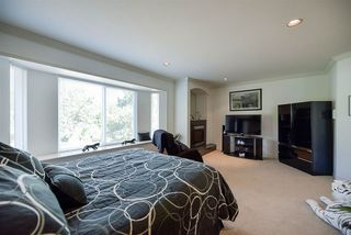 Photo 13: 15671 101A Avenue in Surrey: Guildford House for sale (North Surrey)  : MLS®# R2202060