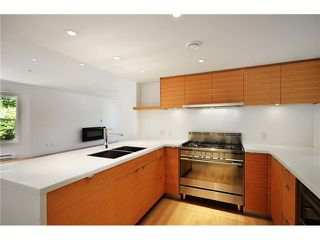 "Photo 7: 1560 COMOX ST in Vancouver: West End VW Condo for sale in ""C & C"" (Vancouver West)  : MLS®# V931031"