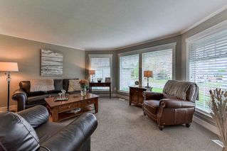 "Photo 2: 15758 93A Avenue in Surrey: Fleetwood Tynehead House for sale in ""BEL-AIR ESTATES"" : MLS®# R2214972"