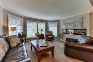 "Photo 3: 15758 93A Avenue in Surrey: Fleetwood Tynehead House for sale in ""BEL-AIR ESTATES"" : MLS®# R2214972"